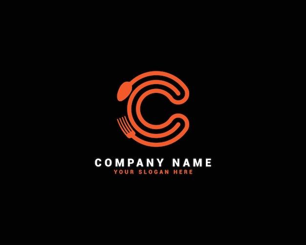 Logo della lettera di cibo c, logo della lettera del cucchiaio c, set di logo della lettera di cibo, alfabeto del cibo
