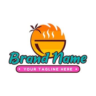 Modello di logo di caffè e ristorante con tema del tramonto sulla spiaggia delle hawaii in colori vivaci e pop