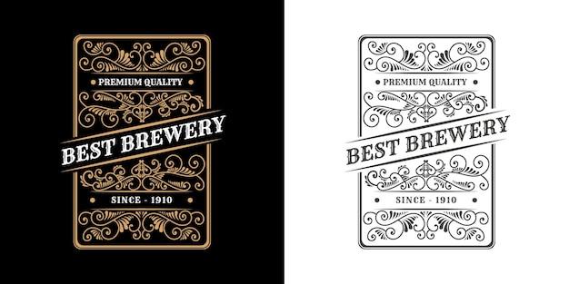 Ornamento calligrafico cornice di bordo di lusso vintage etichetta con logo antico occidentale incisione disegnata a mano retrò per birra artigianale birra artigianale vino whisky bevanda liquore bar negozio hotel e ristorante