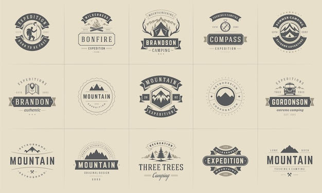 Campeggio loghi e distintivi modelli elementi e sagome impostati.