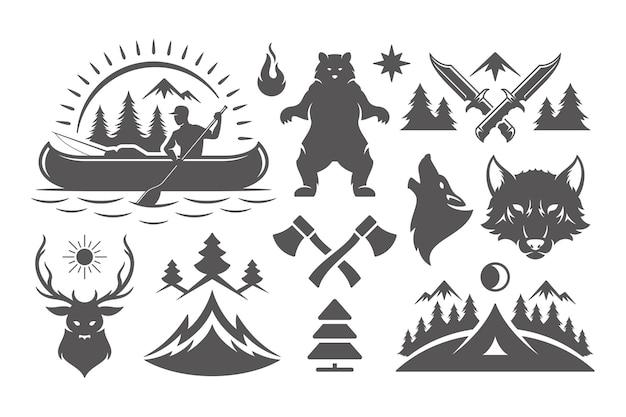 Campeggio e avventure all'aria aperta elementi di design e set di icone illustrazione vettoriale. montagne, animali selvatici e altro. ottimo per magliette, tazze, biglietti di auguri, distintivi e poster.