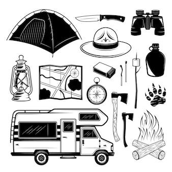 Set da campeggio di elementi di design con camper e attrezzature per il viaggiatore in stile monocromatico