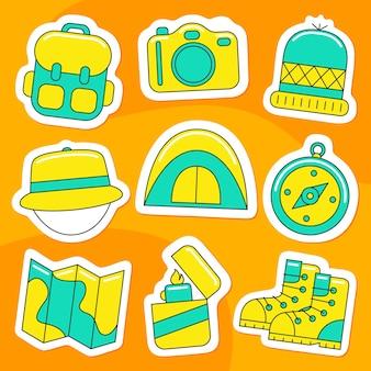 Pacchetto di adesivi da campeggio in stile piatto