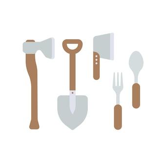 Attrezzature da campeggio e turistiche. ascia, pala, ascia, coltello, forchetta, cucchiaio