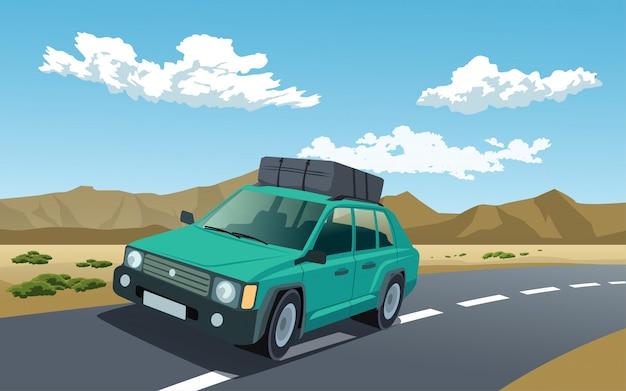 Auto in viaggio su strada con bagagli