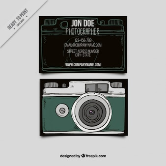Stile carta d'epoca con una macchina fotografica illustrata