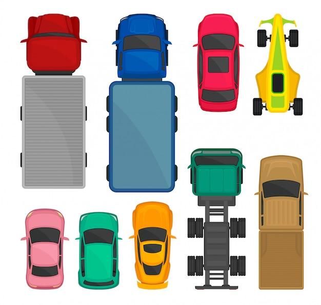 Insieme di vista superiore dei camion e delle automobili, città, corsa e carico che consegnano i veicoli, automobili per l'illustrazione del trasporto