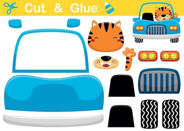 Gatto del fumetto sull'auto blu mentre alza la mano. gioco di carta educativo per bambini. ritaglio e incollaggio