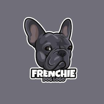 Logo del cane dei cartoni animati e design creativo del cane personale per la cura degli animali domestici