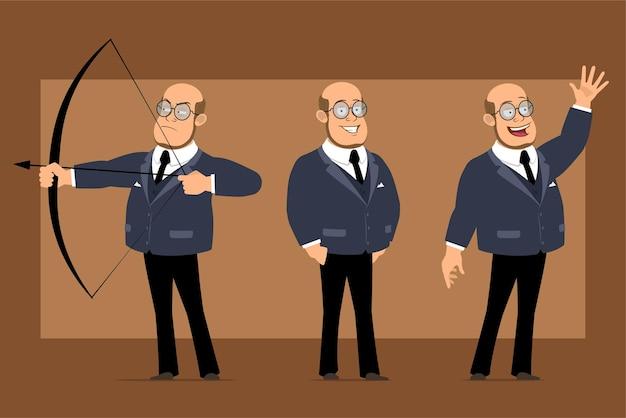 Carattere dell'uomo del professore calvo piatto divertente del fumetto in abito scuro e occhiali. ragazzo che spara dall'arco e mostra il gesto di arrivederci.
