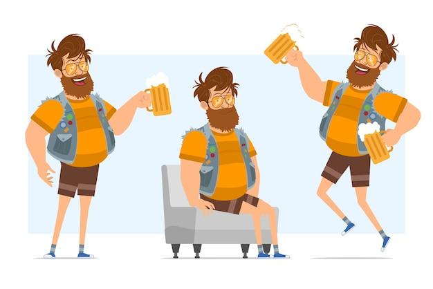 Personaggio di uomo piatto divertente hipster grasso barbuto del fumetto in farsetto di jeans e occhiali da sole. pronto per l'animazione. ragazzo seduto, in piedi e saltando con la birra. isolato su sfondo blu.