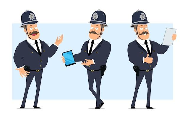 Carattere di poliziotto grasso britannico piatto divertente del fumetto in casco e uniforme. ragazzo che tiene compressa intelligente e nota di lettura.
