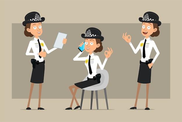 Carattere di donna poliziotto britannico piatto divertente del fumetto in cappello nero e uniforme con distintivo. ragazza che parla sul telefono e che mostra i pollici in su. pronto per l'animazione. isolato su sfondo grigio. impostato.