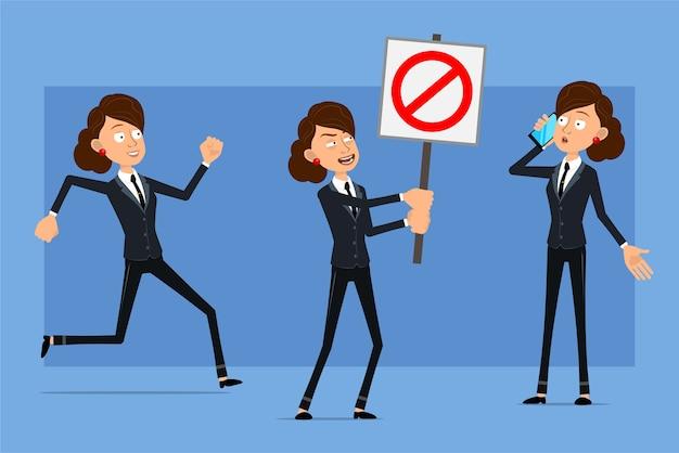 Carattere di donna d'affari piatto divertente del fumetto in abito nero con cravatta nera. ragazza che comunica sul telefono e che tiene nessun segnale di stop dell'entrata.