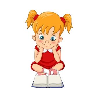 Studente di ragazza divertente del fumetto che legge un libro