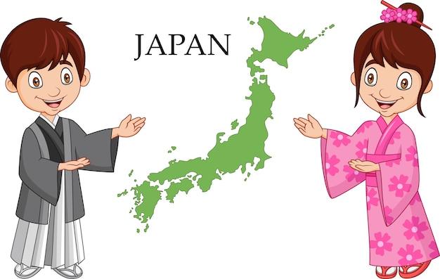 Coppie giapponesi del fumetto che portano costume tradizionale