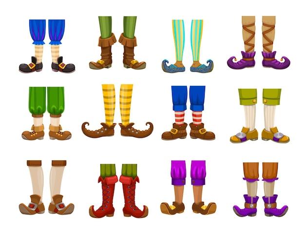 Gambe di cartone animato di gnomo, elfo, mago e mago
