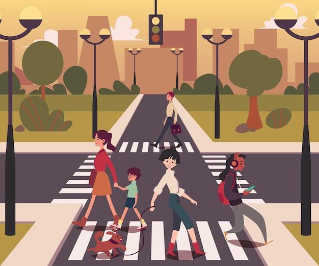 Gente del fumetto che attraversa la strada, uomini e donne sull'incrocio vuoto che cammina attraverso la strada in superficie urbana, ragazza con cane, madre con bambino sulla linea pedonale, illustrazione vettoriale piatta