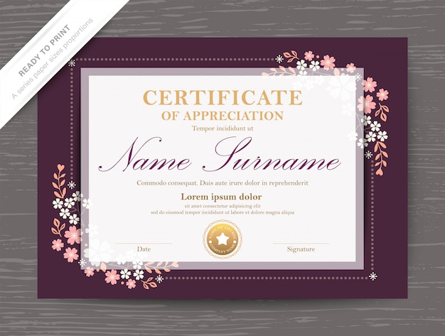 Modello di diploma premio certificato con bordo e cornice angolo floreale vintage classico