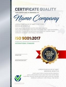 Modello di certificato di qualità con motivo a linee di lusso ed emblema del premio in oro iso 9001