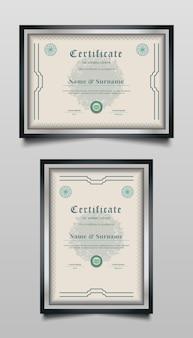 Modelli di certificato con ornamenti astratti e stile vintage