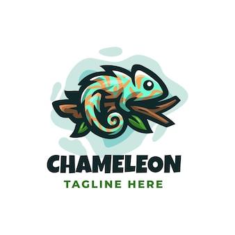 Chamaleon logo design template con dettagli carini