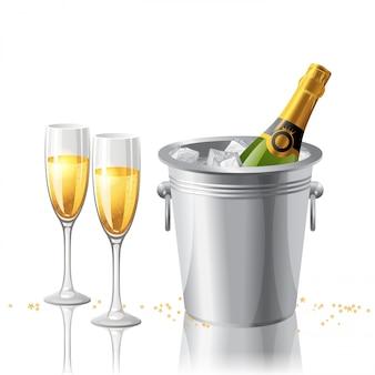 Champagne con bicchiere e bottiglia