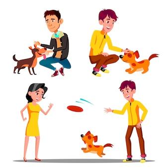 Personaggi a piedi con animali domestici