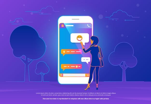 Chat talk concept illustrazione vettoriale di una donna in piedi vicino a un grande smartphone e che invia messaggi