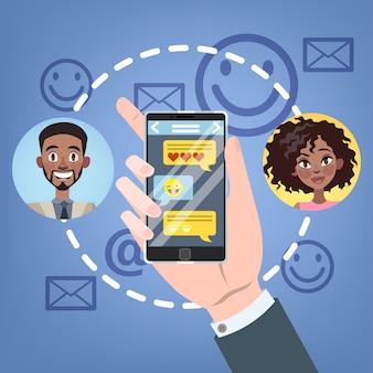 Concetto di chat. le persone chattano utilizzando il telefono cellulare e i social network. concetto di tecnologia moderna. illustrazione