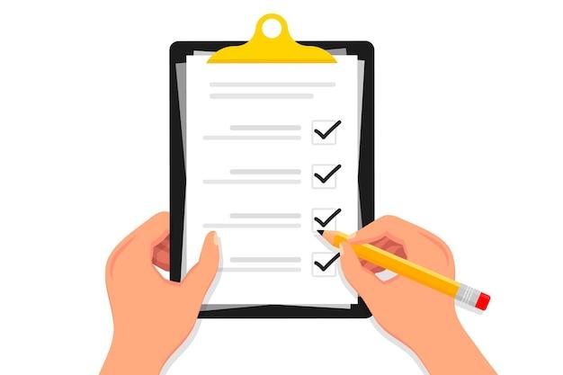 Elenco di controllo mani che tengono l'elenco di controllo degli appunti con la matita elenco di controllo con segno di spunta casella di controllo di marcatura