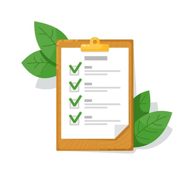 Lista di controllo appunti in legno e foglia verde isolato su bianco