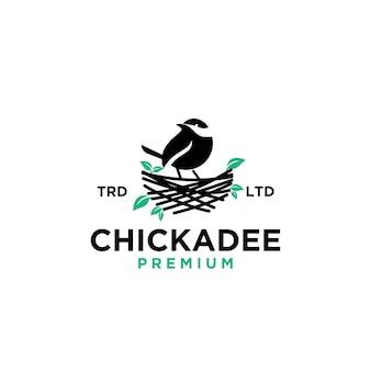 Icona del logo vintage del nido dell'uccello di chickdae