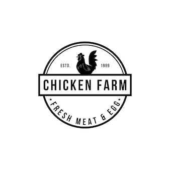 Qualità premium vintage di logo di fattoria di pollo. logo di uova fresche. confezione di design con elementi premium. emblemi e loghi. disegni attraenti per mercato agricolo, fattoria, allevamento di pollame, fiera, ristorante.
