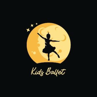 Un balletto per bambini con sfondo di luna