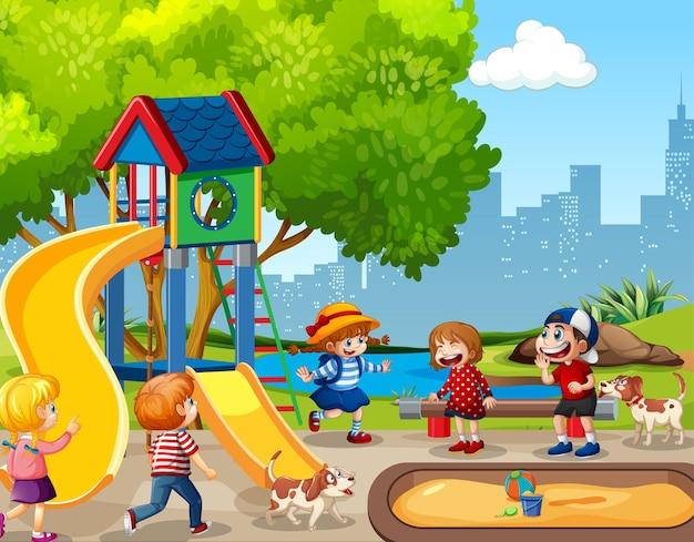 Bambini che giocano nella scena del parco giochi