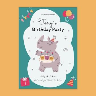 Modello di carta di compleanno per bambini Vettore Premium