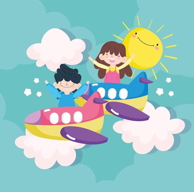 Bambini che giocano con i giocattoli dell'aeroplano