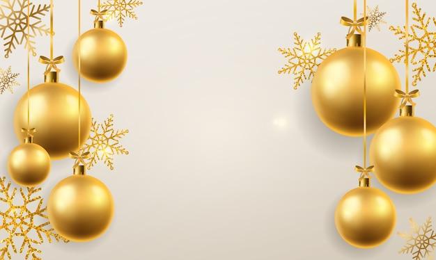 Sfondo palla di natale. sfere dorate dei giocattoli dell'albero di natale che appendono, decorazione. vacanze invernali e sfondo di pallina realistico impiccato astratto festivo di capodanno