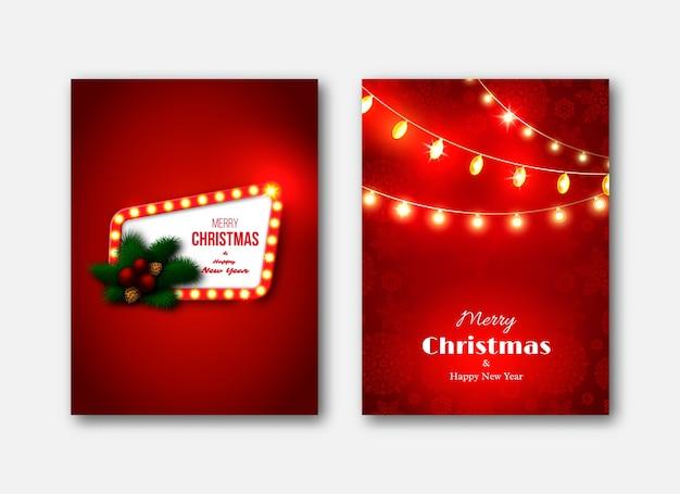 Modelli di brochure di natale, carte decorative. cornice retrò con luci incandescenti, decorazione dell'albero di pino di capodanno, palla rossa, ghirlanda di luci incandescenti, pigne.