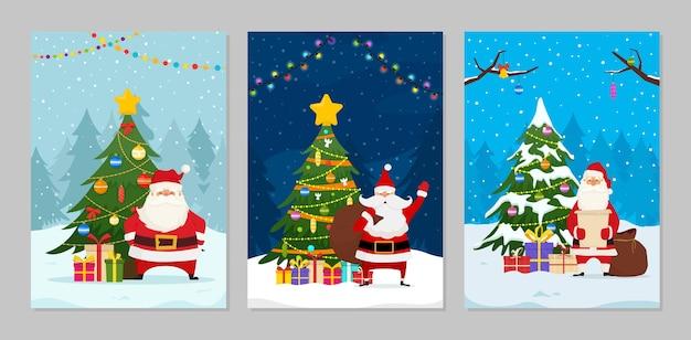 Cartoline di natale con babbo natale e alberi di natale decorati. santa con il sacchetto regalo.