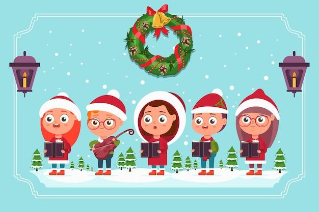 Canti di natale. coro di bambini carino in cappello di babbo natale con violino e libri. illustrazione del fumetto di vettore isolato su un paesaggio invernale.
