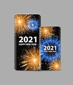 Fuochi d'artificio di natale sugli schermi degli smartphone felice anno nuovo vacanze invernali celebrazione concetto illustrazione vettoriale verticale