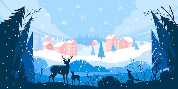 Paesaggio invernale di vacanze di natale con cumuli di neve, villaggio di montagna, foresta, pini, renne
