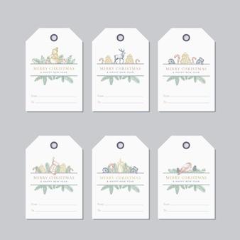 Set di modelli di etichette o badge regalo pronti per l'uso di natale e capodanno. pupazzo di neve disegnato a mano, candela, calzino, rami di pino con strobili e foglie di agrifoglio schizzi etichette telaio saluti. isolato.