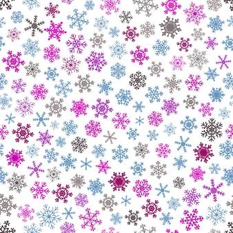 Reticolo senza giunte di natale di fiocchi di neve, blu e viola su sfondo bianco.