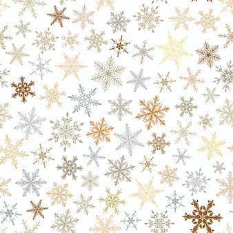 Reticolo senza giunte di natale di fiocchi di neve, marrone e grigio su sfondo bianco.
