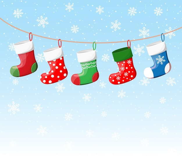 Calze natalizie in vari colori su corda