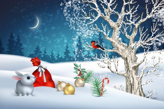 Scena invernale di natale con un albero, colline innevate, borsa rossa, uccello e simpatico coniglio