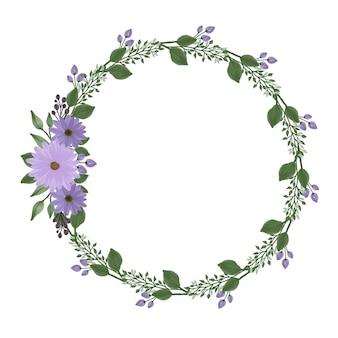 Cornice circolare con bouquet di margherite viola per partecipazione di nozze